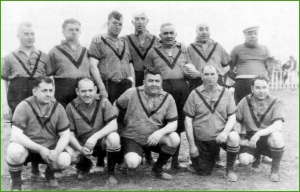 Equipo de Gordos y Delgados. Las Llanas. 1946.