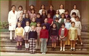Alumnas del colegio Amor Misericordioso. Profesora Sira Rodriguez. Curso 197273. Miren López Loizaga.