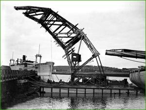 Astilleros del Nervión. Grua flotante. Años 20.