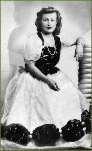 Concurso del vestido barato. Años 40. Txantxangorri Naiz