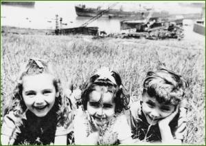 En las campas de Aizpuru. Junio de 1969. Txantxangorri Naiz