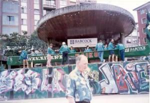 Kaiku. Presentación de nueva trainera. Plaza del kasko. 1996 (1)
