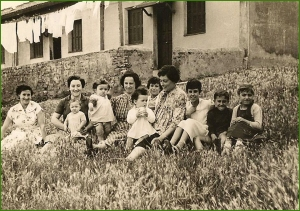Al lado del lavadero. Kueto. 1958. Susi Txetxu.
