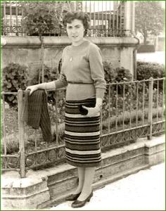 En el quiosco. Años 50. Rosa Maria Alvarez