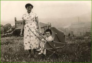 En las campas del lavadero. 1958. Susi Txetxu.