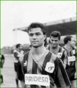 1989. El futbolista del Sestao, Eduardo Estibariz.
