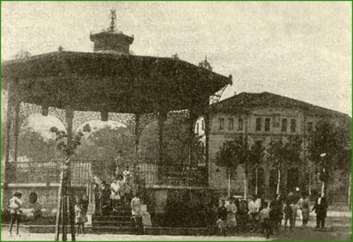 Plaza Alfonso XIII. Octubre de 1927.